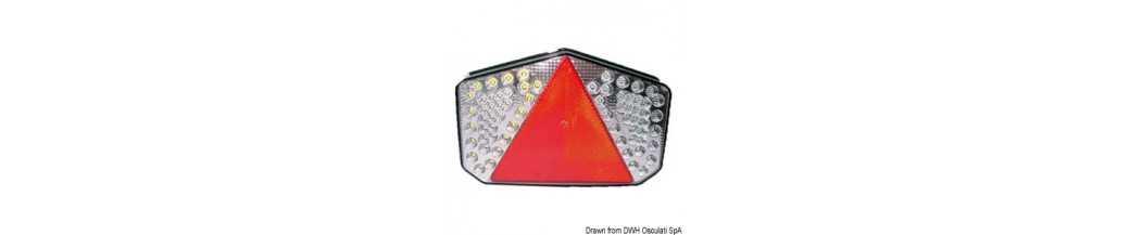 Feu arrière à LED avec catadioptre triangulaire